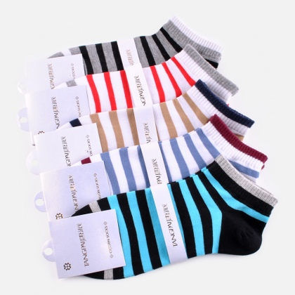 fashion colorful bar design men cotton socks