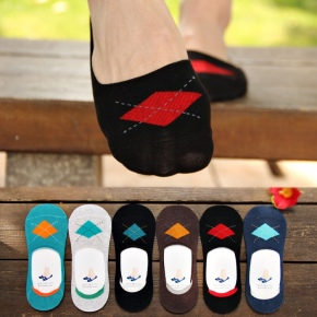 fashion rhombus pattern ati-skipping silicone footed men's slipper socks