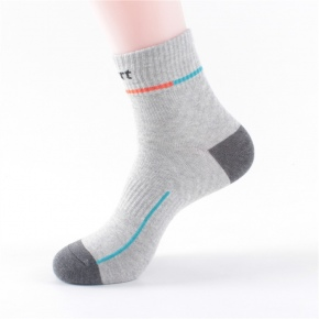 new knitting combed cotton men socks